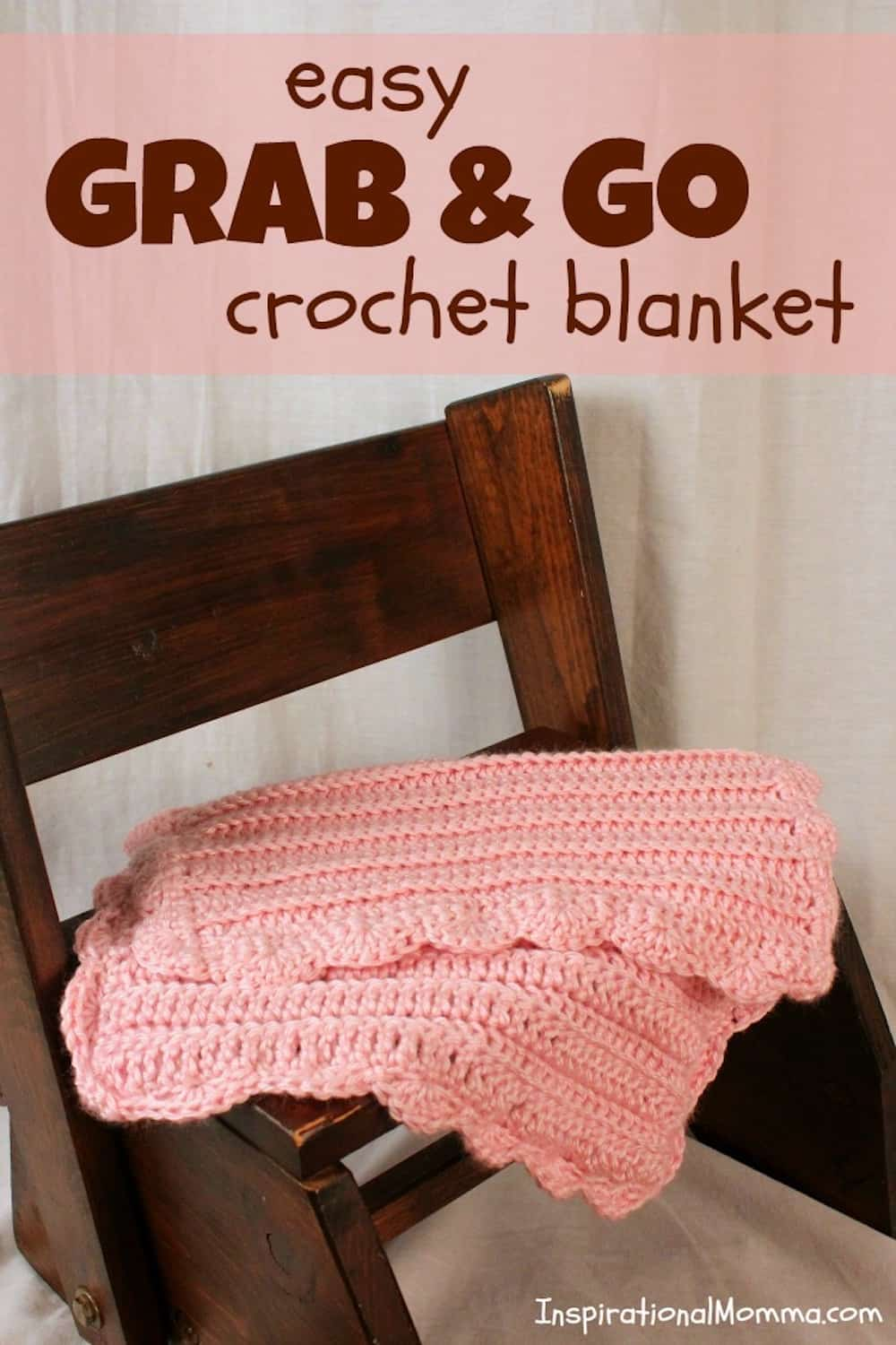 This sweet and soft Easy Grab & Go Crochet Blanket is perfect for days on the go. Made with double crochet stitches, it is simple for any crocheter. #crochetblanket #crochet #blanket #doublestitch #crocheting #howtocrochet