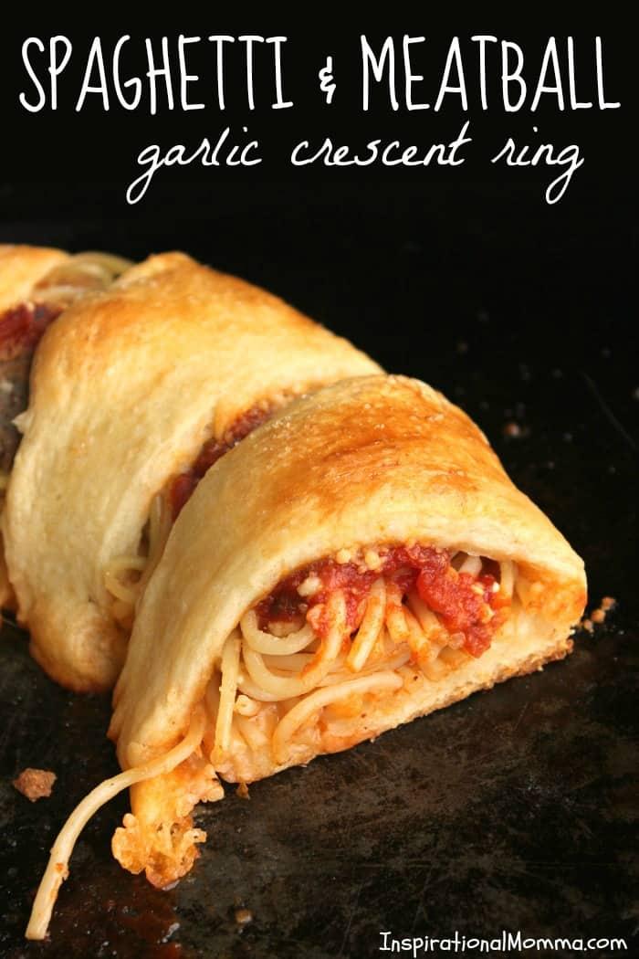 Spaghetti & Meatball Garlic Crescent Ring