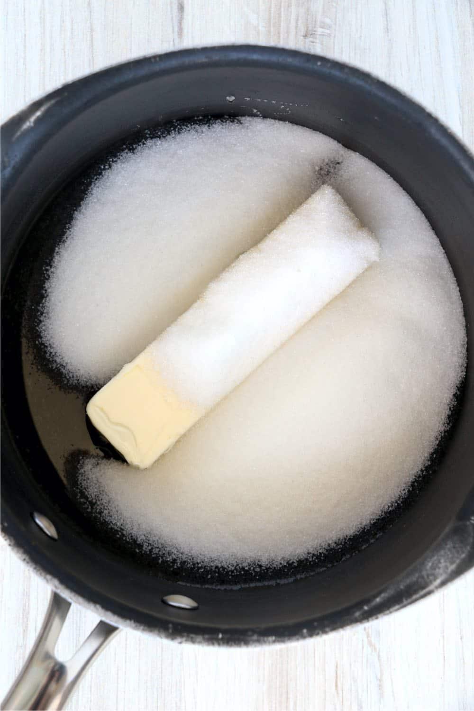 making sticky vanilla glaze