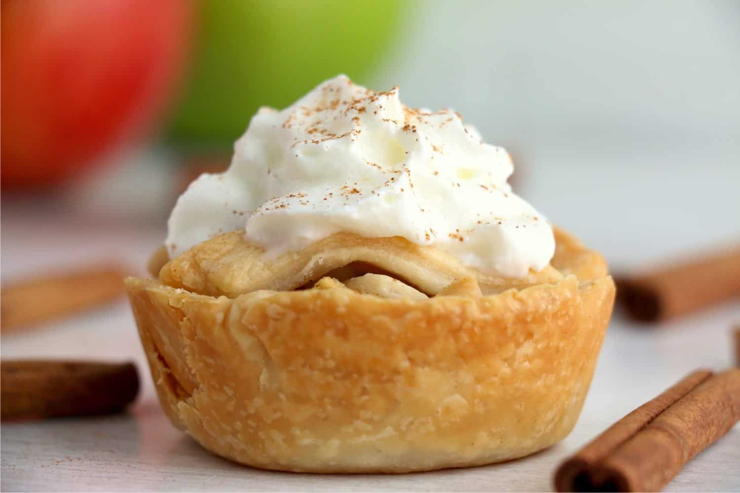 Muffin Tin Apple Pies are sweet, individual desserts that are simple to make. The flavors are amazing. Perfect for holidays and parties! #inspirationalmomma #muffintinapplepies #miniapplepies #applepie #miniatureapplepies #desserts #recipes #dessertrecipes